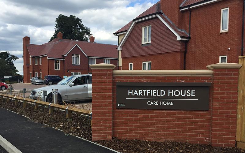 Hartfield-House,-Leatherhead